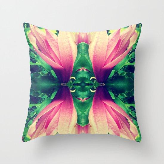 flower reflect Throw Pillow