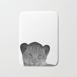 baby cheetah b&w Bath Mat