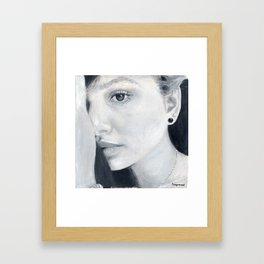 La lectora de almas Framed Art Print