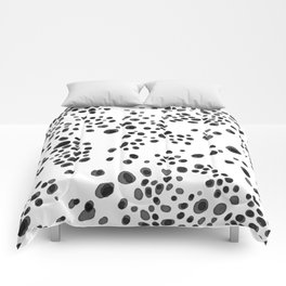 Abstract Dalmatians pattern Comforters