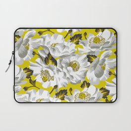 Mount Cook Lily - Yellow/White Laptop Sleeve