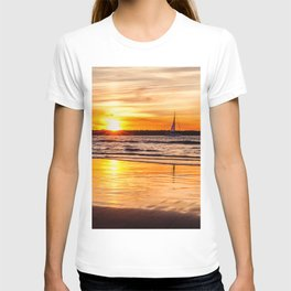 Marina Del Rey Sunset at the Jetty T-shirt
