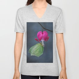 All you need is... heart Unisex V-Neck