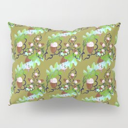 Acorns and oak leaves. Pillow Sham