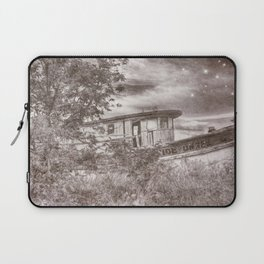 Shipwreck twilight Laptop Sleeve