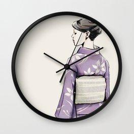 すみれ色の着物 Wall Clock