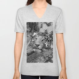 AnimalArtBW_Tiger_20170603_by_JAMColors Unisex V-Neck