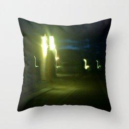 Luz de saxo:::... Throw Pillow