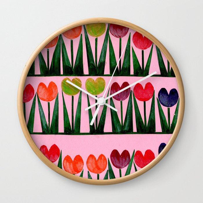 Champ de tulipes Wall Clock