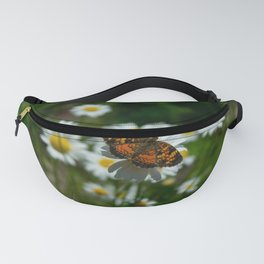 butterfly in the daisies Fanny Pack