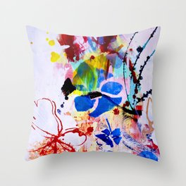 Onda II Throw Pillow