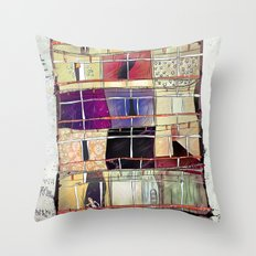 Aconchego -SP Throw Pillow