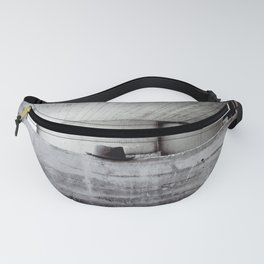 Hat in lunchtime, or saying goodbye. Fanny Pack