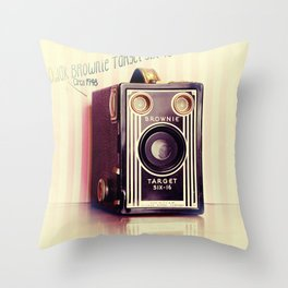 Vintage Camera Love: Kodak Brownie Target Six-16! Throw Pillow
