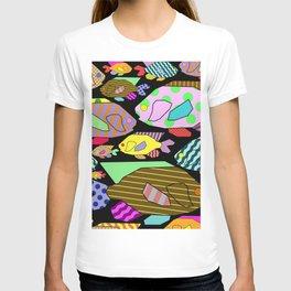 Geometric Fish - Abstract, retro design T-shirt