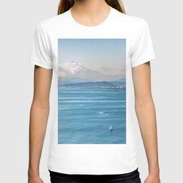 Bayside view of Tokyo Japan T-shirt