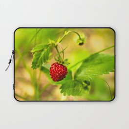 Wild strawberry Laptop Sleeve