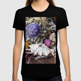 FLORAL STILL LIFE - Autumn Feeling T-shirt