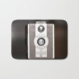 1950 Vintage Coronet twelve-20 twin lens box camera Bath Mat