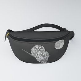 Owl, See the Moon (bw) Fanny Pack