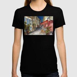Postcards from Paris - Montmartre by Night: Le Tire-Bouchon Creperie T-shirt