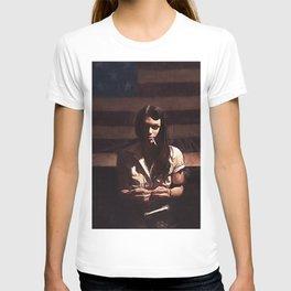 Lillie Mae - The American Girl T-shirt