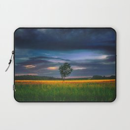 Lonely tree in the field Laptop Sleeve