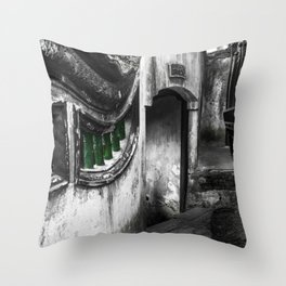 colorless shanghai 8 Throw Pillow