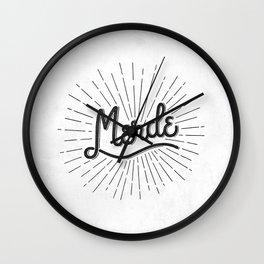 MERDE - BLANC Wall Clock