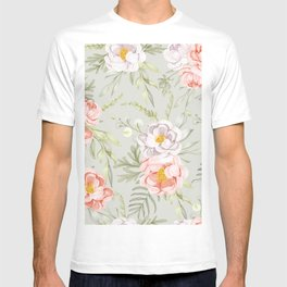 Delicate Shabby-Chic Watercolor Floral Pattern T-shirt