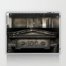 'ONE HUNDRED' Laptop & iPad Skin