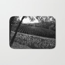 Vineyard in California Black & White Pencil Drawing Photo Badematte