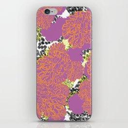 Flora Gigantes iPhone Skin