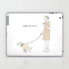 I pretend I don't see shit Laptop & iPad Skin