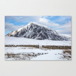 Pen yr Ole Wen Canvas Print