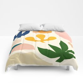 Abstraction_Floral_001 Comforters