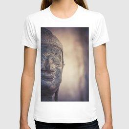 Buddha in Haw Phra Kaew, Laos T-shirt