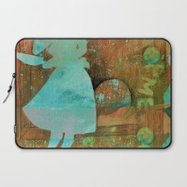June Cleaver can throw a party Laptop Sleeve