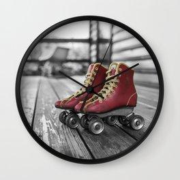 roller noir blanc rouge Wall Clock