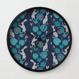 Slow walk Wall Clock