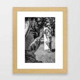 La main Framed Art Print