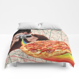 pizza obsession Comforters