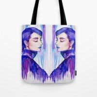 audrey hepburn Tote Bags featuring Audrey Hepburn by VivianLohArts