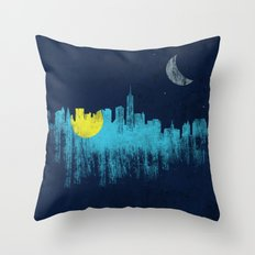city that never sleeps Throw Pillow