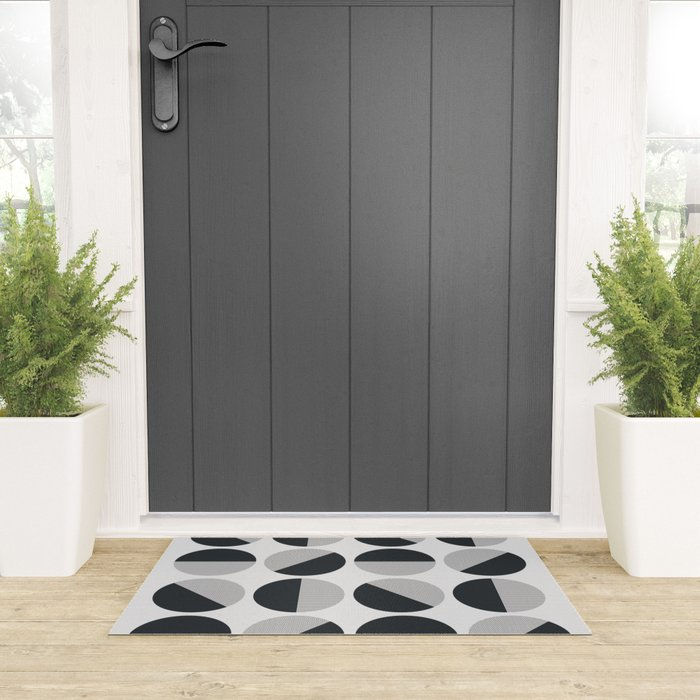 Circle Circle Dot Dot Welcome Mat