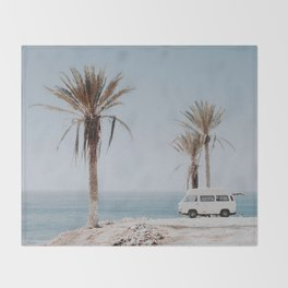 summer road trip Throw Blanket