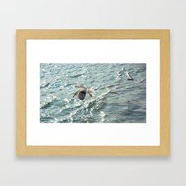 près loin paysage Framed Art Print