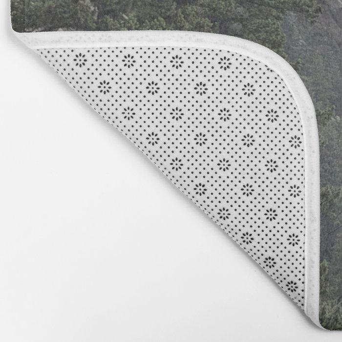 Flat Iron 1 During Rainstorm Bath Mat
