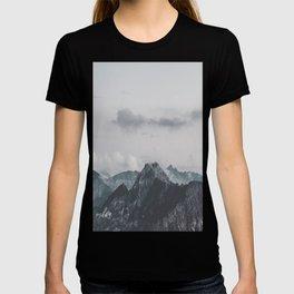 Calm - landscape photography T-shirt