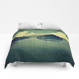 Distant Blues Comforters